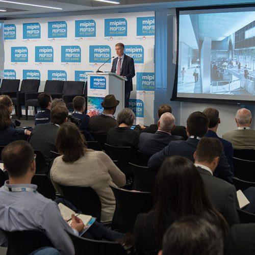 Photo d'une conférence au MIPIM