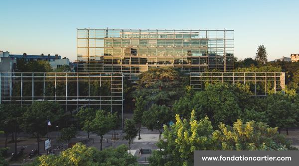 Le siège de Cartier respire le vert grâce à la végétalisation de son lieu